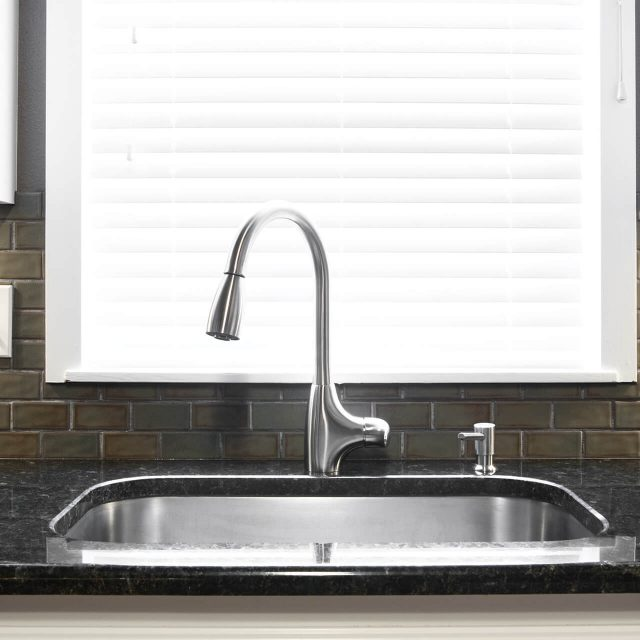 http://prohauz.bold-themes.com/plumbing/wp-content/uploads/sites/8/2018/10/gallery_projects_23-640x640.jpg